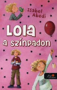 LOLA A SZÍNPADON